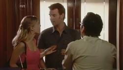 Elle Robinson, Lucas Fitzgerald, Adrian Mahoney in Neighbours Episode 5682