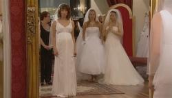 Bridget Parker, Donna Freedman, Sunny Lee in Neighbours Episode 5682