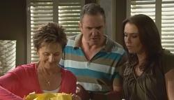 Susan Kennedy, Karl Kennedy, Libby Kennedy in Neighbours Episode 5684