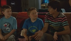 Ben Kirk, Callum Jones, Zeke Kinski in Neighbours Episode 5684