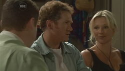 Toadie Rebecchi, Greg Michaels, Steph Scully in Neighbours Episode 5684