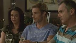 Libby Kennedy, Dan Fitzgerald, Karl Kennedy in Neighbours Episode 5684