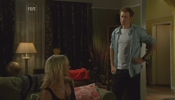 Steph Scully, Greg Michaels in Neighbours Episode 5684