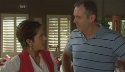 Susan Kennedy, Karl Kennedy in Neighbours Episode 5685