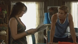 Libby Kennedy, Dan Fitzgerald in Neighbours Episode 5685