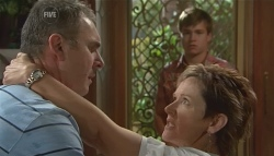 Karl Kennedy, Ringo Brown, Susan Kennedy in Neighbours Episode 5685