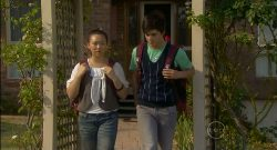 Sunny Lee, Zeke Kinski in Neighbours Episode 5701