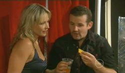 Steph Scully, Toadie Rebecchi in Neighbours Episode 5702