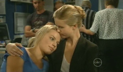 Donna Freedman, Elle Robinson in Neighbours Episode 5704