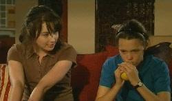 Kate Ramsay, Sophie Ramsay in Neighbours Episode 5705