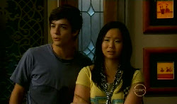 Zeke Kinski, Sunny Lee in Neighbours Episode 5708