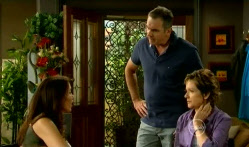 Libby Kennedy, Karl Kennedy, Susan Kennedy in Neighbours Episode 5709