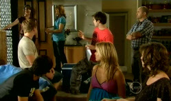 Kate Ramsay, Ringo Brown, Zeke Kinski, Miranda Parker, Declan Napier, Donna Freedman, Steve Parker, Bridget Parker in Neighbours Episode 5712