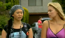 Sunny Lee, Donna Freedman in Neighbours Episode 5712