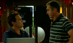 Paul Robinson, Karl Kennedy in Neighbours Episode 5713