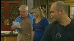 Lou Carpenter, Steph Scully, Steve Parker in Neighbours Episode 5714
