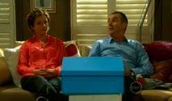 Susan Kennedy, Karl Kennedy in Neighbours Episode 5716