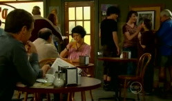 Paul Robinson, Harry Ramsay, Kate Ramsay, Sophie Ramsay, Lou Carpenter in Neighbours Episode 5719