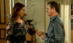 Rebecca Napier, Paul Robinson in Neighbours Episode 5719