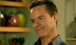 Paul Robinson in Neighbours Episode 5719