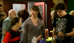 Sophie Ramsay, Kate Ramsay, Harry Ramsay in Neighbours Episode 5720