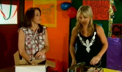 Libby Kennedy, Steph Scully in Neighbours Episode 5720
