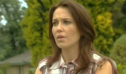 Libby Kennedy in Neighbours Episode 5721