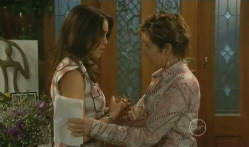 Libby Kennedy, Susan Kennedy in Neighbours Episode 5721