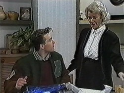 Nick Page, Helen Daniels in Neighbours Episode 1051