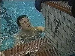 Matt Robinson in Neighbours Episode 1051