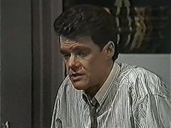 Paul Robinson in Neighbours Episode 1052