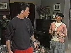 Matt Robinson, Hilary Robinson in Neighbours Episode 1052