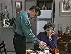 Paul Robinson, Gail Robinson in Neighbours Episode 1052