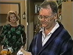 Madge Bishop, Harold Bishop in Neighbours Episode 1052