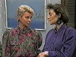 Helen Daniels, Gail Robinson in Neighbours Episode 1052