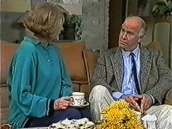 Madge Bishop, Gordon Davies in Neighbours Episode 1054