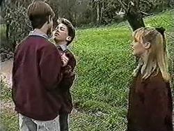 Todd Landers, Sean Jarrett, Melissa Jarrett in Neighbours Episode 1055