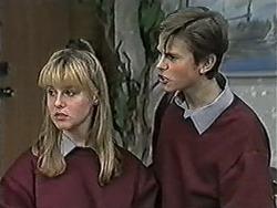 Melissa Jarrett, Todd Landers in Neighbours Episode 1055