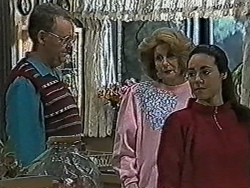 Harold Bishop, Madge Bishop, Kerry Bishop in Neighbours Episode 1056