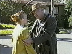 Bronwyn Davies, Gordon Davies in Neighbours Episode 1056