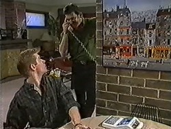 Clive Gibbons, Des Clarke in Neighbours Episode 1057