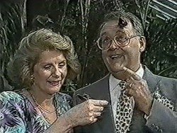 Madge Bishop, Harold Bishop in Neighbours Episode 1058