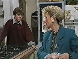 Todd Landers, Helen Daniels in Neighbours Episode 1060