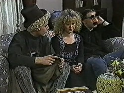 Nick Page, Sharon Davies, Matt Robinson in Neighbours Episode 1060