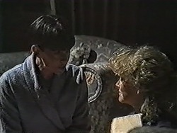 Hilary Robinson, Sharon Davies in Neighbours Episode 1060