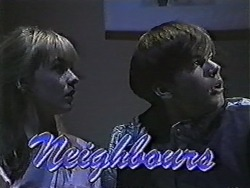 Melissa Jarrett, Todd Landers in Neighbours Episode 1060