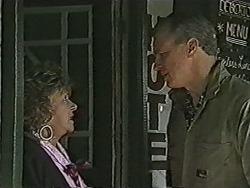 Gloria Lewis, Jim Robinson in Neighbours Episode 1062