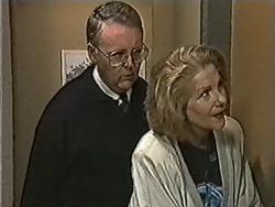 Harold Bishop, Madge Bishop in Neighbours Episode 1062