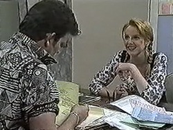 Des Clarke, Melanie Pearson in Neighbours Episode 1062