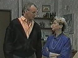 Jim Robinson, Helen Daniels in Neighbours Episode 1063